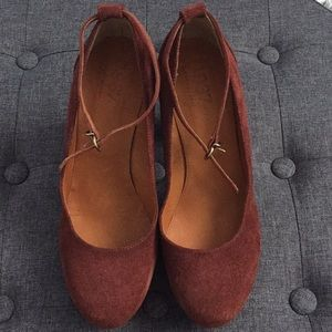 Size 11 Madewell Suede Pumps with Ankle Strap